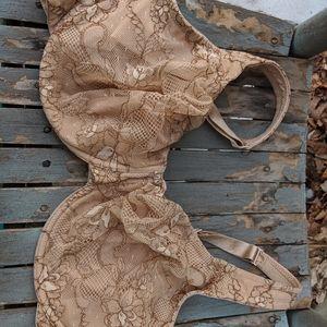 Cacique Tan Lace Floral Pattern Bra Size 44D EUC